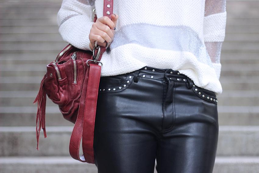 pantalon-cuir-clouté