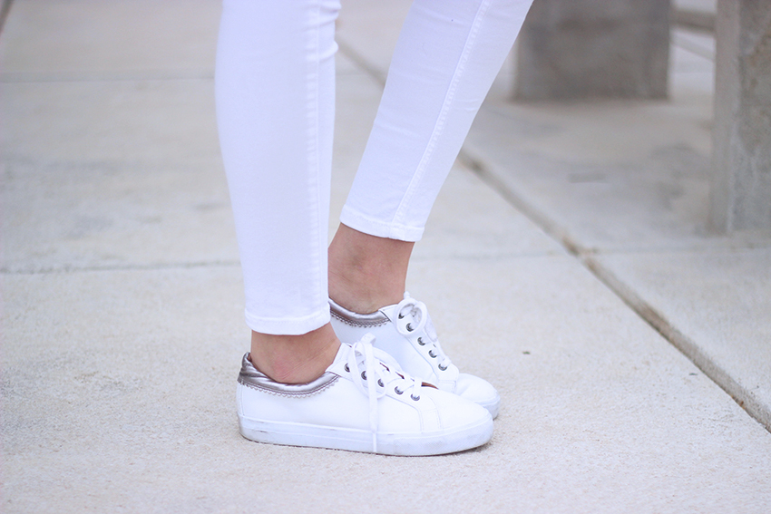 baskets-blanches-argentées-asos