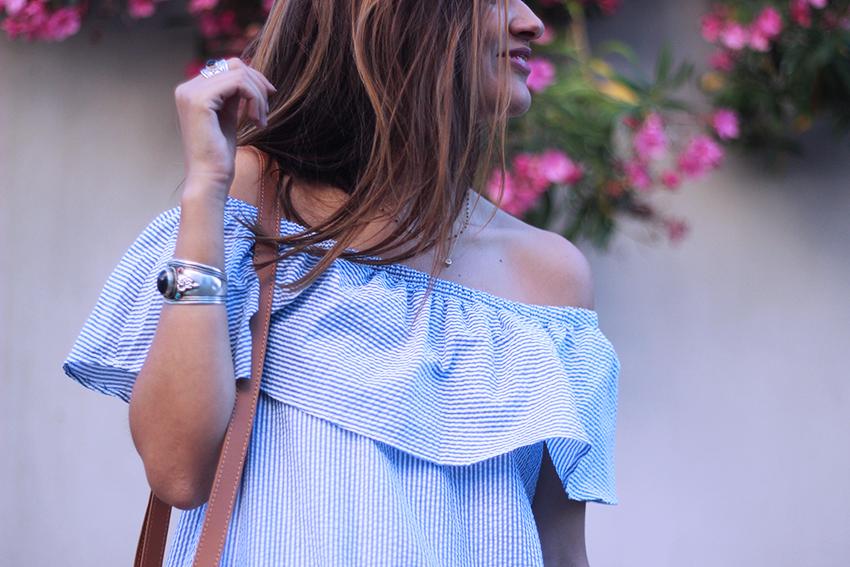 blog-mode-robe-rayée-épaules-dénudées