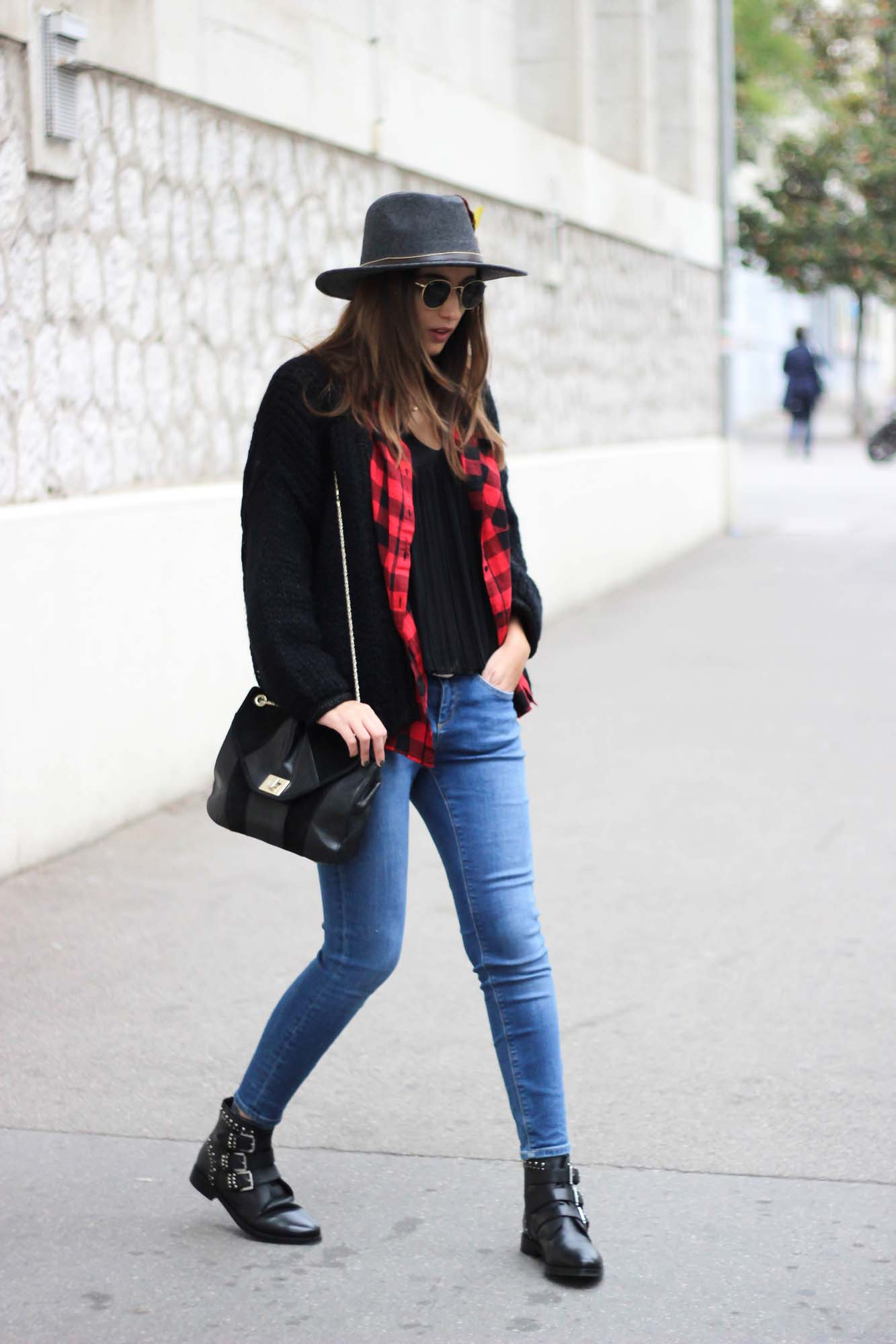 blogueuse-mode-look-automne-gilet-maille